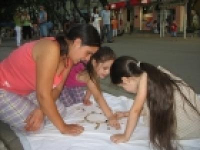 Великденски благотворителен базар в градът на липите