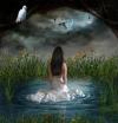*Водата, капеща от скалата на параклса е лечебна*...