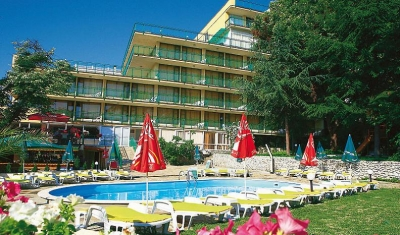 Gradina Golden Sands 01