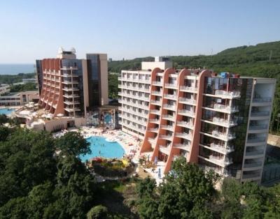 Helios Resort 01