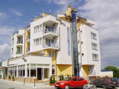 Hotel Briz 3*
