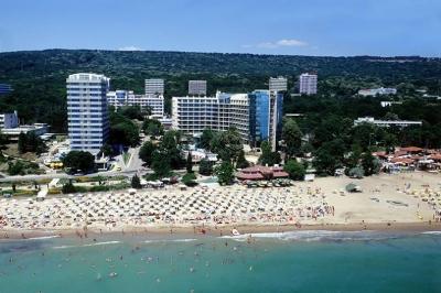 Marina Beach Hotel 01