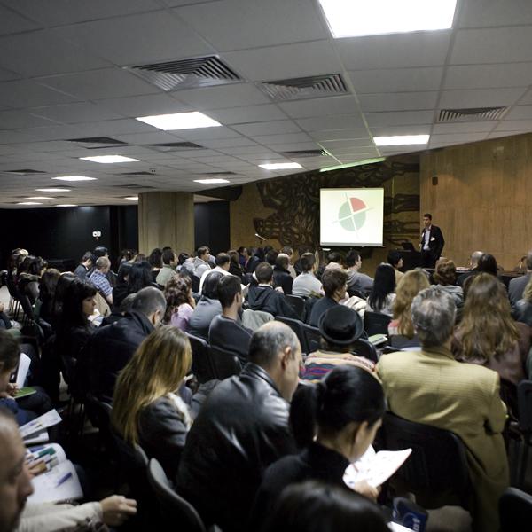 Презентация 2011 НДК - Представяне календари и рекламни продукти